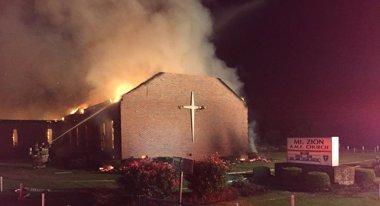 Foto: Autoridades de EEUU creen que no hay vínculos entre los incendios de iglesias negras en el sur del país (HANDOUT . / REUTERS)