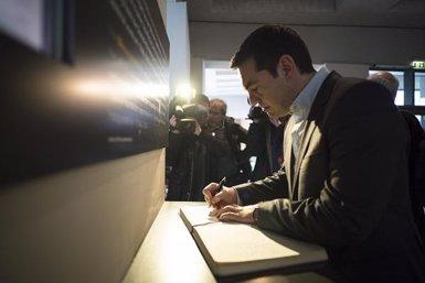 """Tsipras reclama als grecs que diguin """"no"""" als """"xantatges"""" (@TSIPRAS_EU)"""