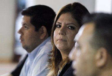 Foto: Ordenan arresto domiciliario de la vicepresidenta del Congreso de Honduras por corrupción (JORGE CABRERA / REUTERS)