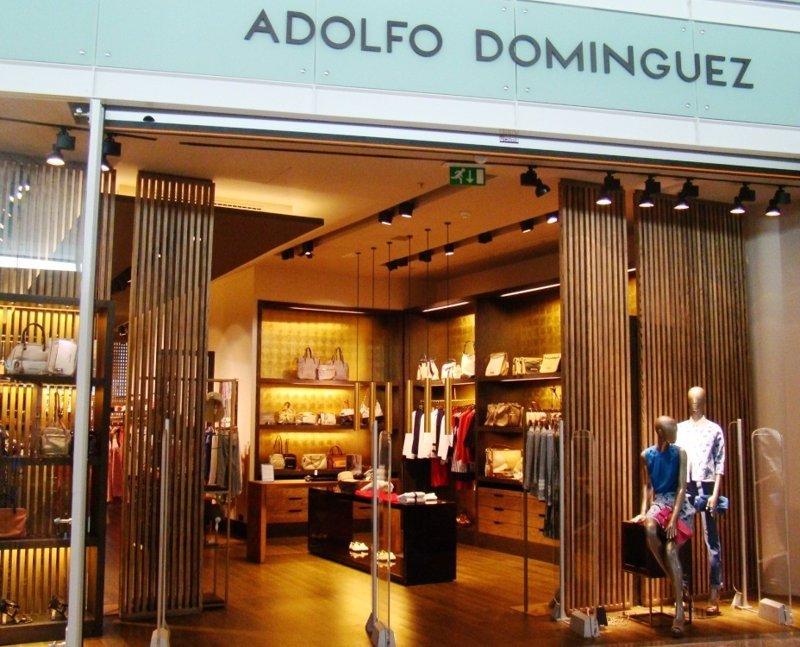 Adolfo dom nguez aumenta un 80 sus p rdidas en el primer for Tiendas adolfo dominguez valencia