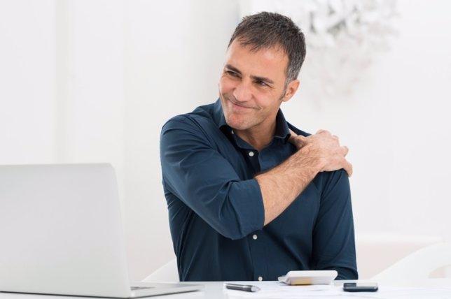 Dolor postural, hombre