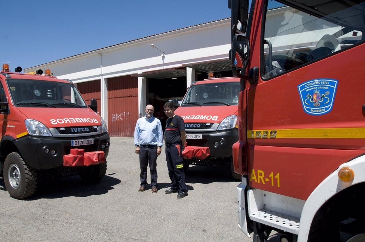 Los parques de bomberos de c ceres plasencia y coria for Pisos nuevos en caceres