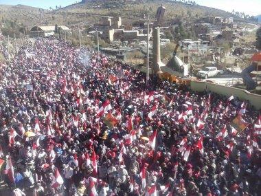 Foto: Miles de personas salen a la calle en Potosí para reclamar más derechos sociales (COMCIPO)
