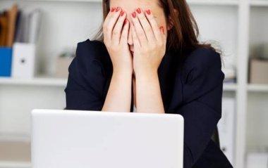 Foto: El 31% de los españoles sufre fatiga mental en el trabajo (COLPRENSA)