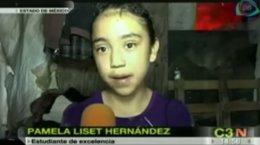 Foto: La niña mexicana que recolecta basura y saca sobresalientes en el colegio (CADENATRES (YOUTUBE))