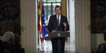 """Foto: Rajoy dice que la bajada del paro evidencia que se """"avanza por la senda adecuada"""" (EUROPA PRESS)"""