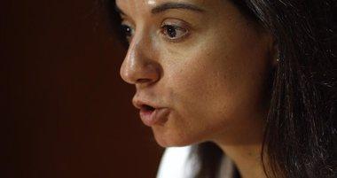"""Foto: Sara Hernández a Carmona: """"Hago un llamamiento a la cordura y a no hacer daño al partido"""" (EUROPA PRESS)"""