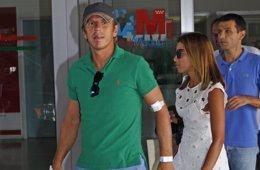 Foto: 'El Cordobés' sale del hospital tras su aparatosa cogida (EUROPA PRESS)