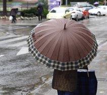 Un total de 12 provincias están este lunes en alerta amarilla por lluvias y tormentas