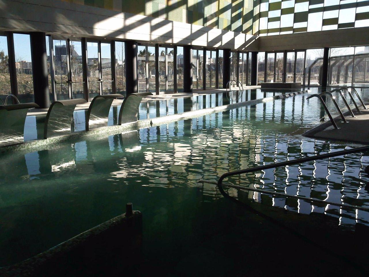 Comienza la nueva temporada de las piscinas cubiertas for Piscina siglo xxi zaragoza