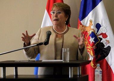 Foto: El 72% de los chilenos desaprueba a Bachelet, el peor nivel (AGENCIAUNO)