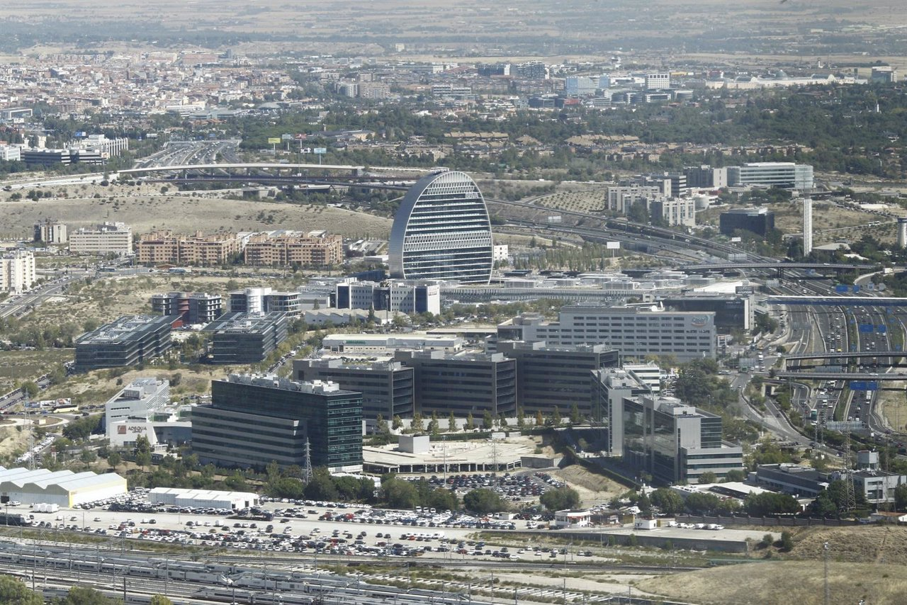 El Colegio de Registradores presenta una guía para la compra de vivienda en España