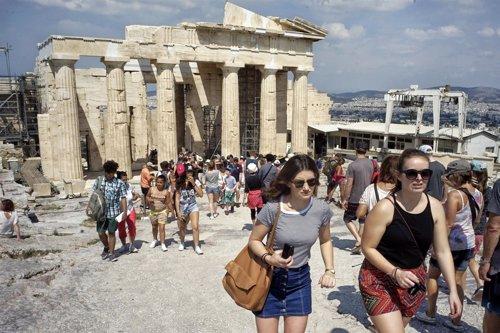 Los ingresos por turismo en grecia crecieron un 9 5 en el for Oficina de turismo de grecia