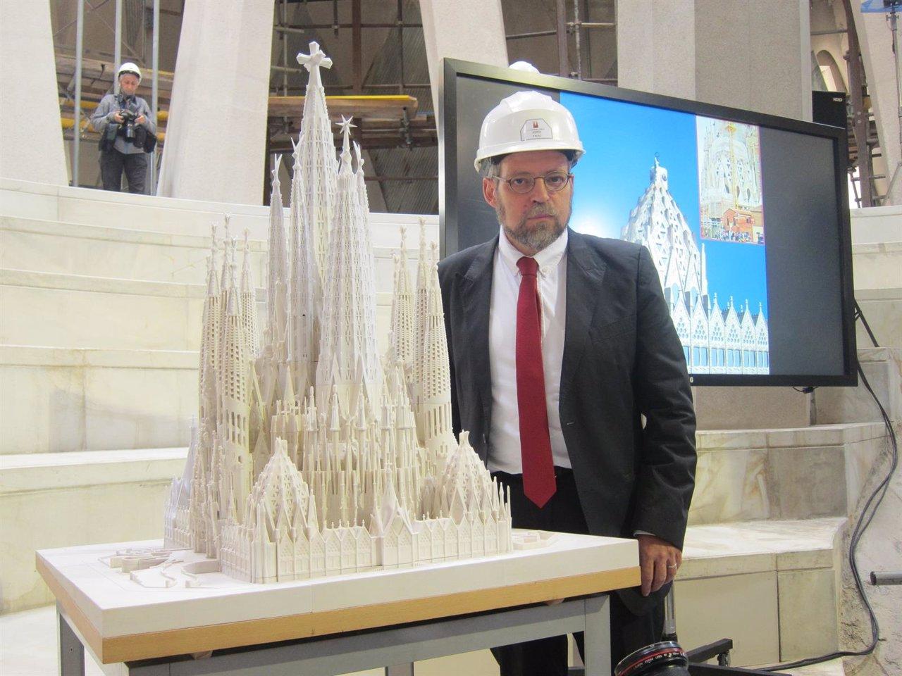 La sagrada familia centra sus trabajos en sus seis torres - Trabajo arquitecto barcelona ...