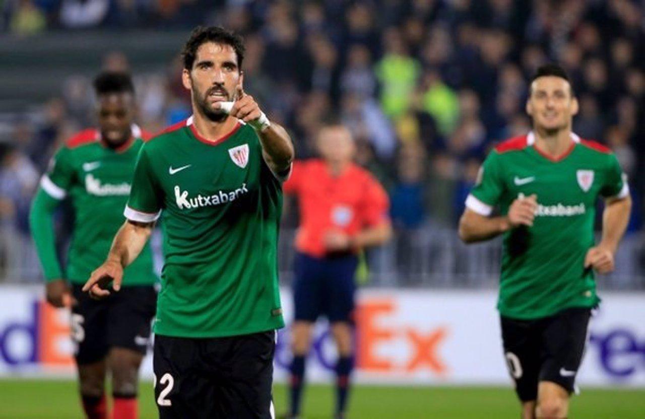 Athletic y Villarreal despejan su camino a dieciseisavos con sendas victorias.