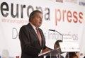 Méndez de Vigo, a favor de estudiar la propuesta de Marina de que el sueldo de maestros dependa de resultados del centro
