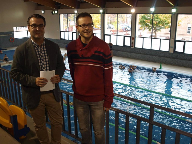 Tarifa reducida en las piscinas municipales para personas for Tarifas piscinas municipales zaragoza