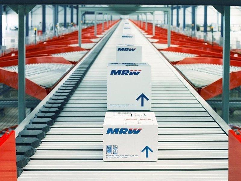 Buscar trabajo mrw abre tres nuevos centros log sticos for Oficinas de mrw en madrid