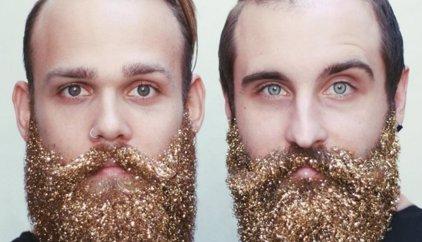 Barbes masculines amb purpurina, l'última moda per Nadal