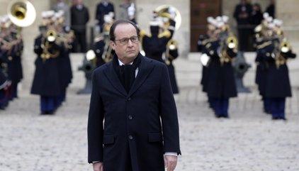 França ret homenatge a les víctimes dels atemptats de París dues setmanes després