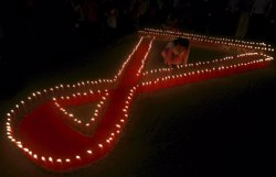 Les morts d'adolescents a causa de la sida es tripliquen en els últims 15 anys (JAYANTA DEY / REUTERS)