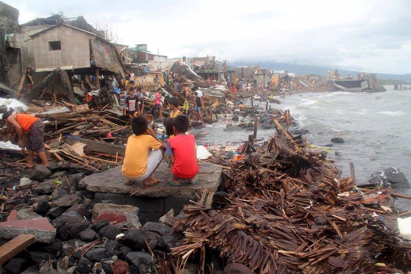 Tifon Melor deja al menos 4 muertos en Filipinas