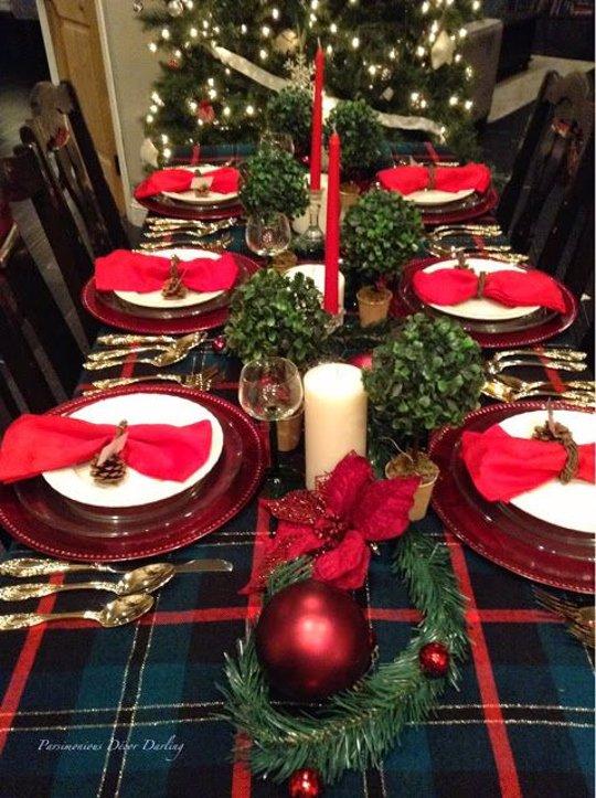 C mo se prepara la mesa de navidad m s elegante for Mesa de navidad elegante