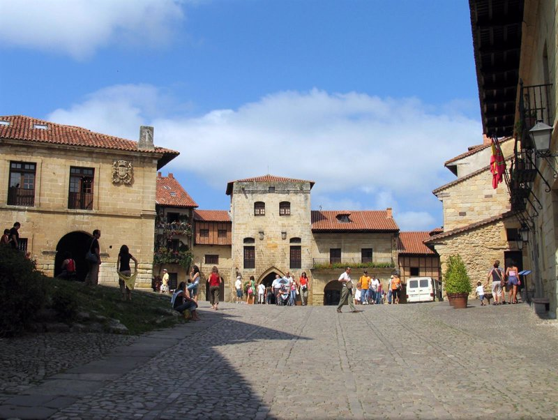 Los 35 Pueblos más Bonitos de España se reunirán el viernes en Santillana del Mar (Cantabria) para hacer balance
