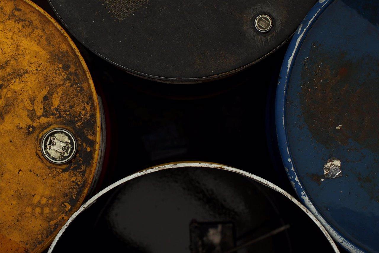 El precio del barril de brent cae a m nimos desde abril de for 30x30 costo del garage