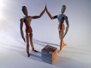 Colaboración público-privada en investigación, sin conflictos gracias a la transparencia (PIXABAY/SUCCO)