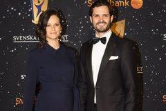 Sofía Hellqvist presume de embarazo con Carlos Felipe de Suecia en plena alfombra roja