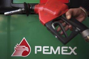 Foto: Standard & Poor's reduce la calificación crediticia individual de Pemex a BB desde BB+ (EDGARD GARRIDO / REUTERS)