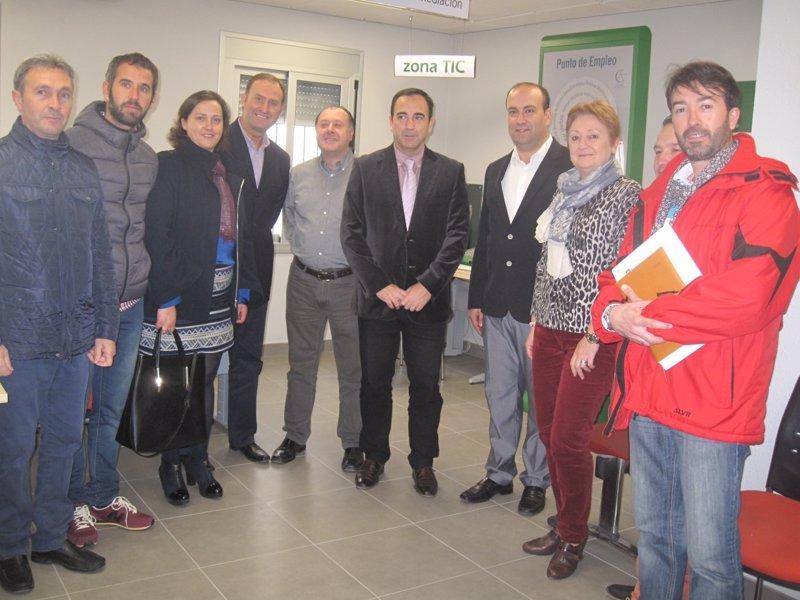 Junta invierte euros en la mejora de la oficina del for Oficina del sae