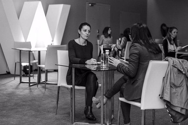 El hotel w de barcelona crear 150 empleos para cubrir la for Trabajos de verano barcelona