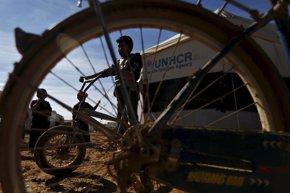 Foto: HRW reclama una nueva agenda humanitaria para los refugiados sirios (MUHAMMAD HAMED / REUTERS)