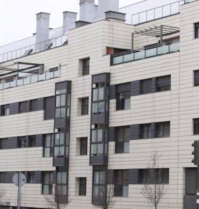 Foto: Dos de cada tres pisos de bancos están en municipios de menos de 50.000 habitantes (EUROPA PRESS)