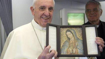 """El Papa Francisco dice que México está viviendo """"su pedacito de guerra"""""""