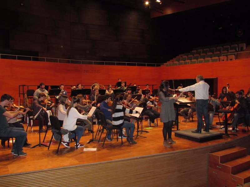 La Orquesta Sinfónica del Conservatorio finaliza este sábado su 'stage' con un concierto gratuito