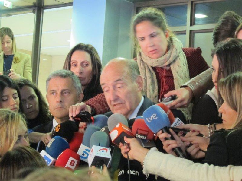 La Infanta refuerza su defensa para el juicio con cuatro abogados más