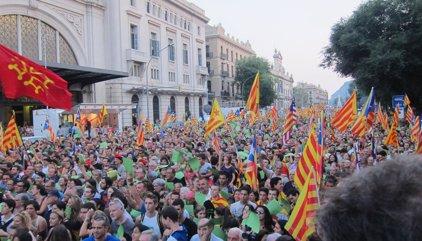 El 57,2% de catalans està a favor de la independència i un 32% en contra