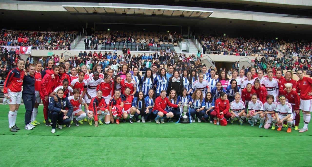 Partido internacional de fútbol femenino en Sevilla
