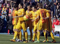 Futbol/Lliga BBVA.- Crònica del Llevant - FC Barcelona, 0-2 (HEINO KALIS / REUTERS)