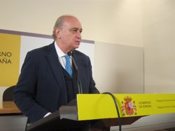 Fernández Díaz afirma que Pedro Sánchez traspassaria