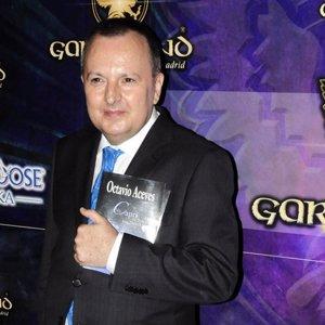 Octavio Aceves: 'La Reina era muy buena alumna pero copiaba'