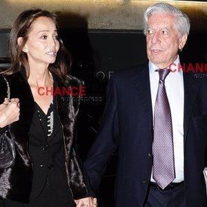 Isabel Preysler y Mario Vargas Llosa presumen de amor en el homenaje a Miguel Boyer