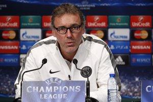 Laurent Blanc renova com a entrenador del PSG fins al 2018 (REUTERS)