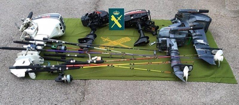 Detenidos dos hombres acusados de robos con fuerza y otro por receptación de material profesional de pesca