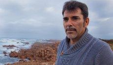 """Víctor del Árbol confabula """"dolor i passat"""" a la novel·la 'La víspera de casi todo' (DESTINO/MARCOS BUDI)"""