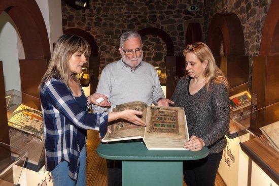 Foto: La colección de Beatos de la Torre del Infantado se amplía (GOBIERNO)