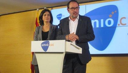 """Espadaler lamenta la mort d'""""una persona compromesa i lleial"""" amb Catalunya com Casals"""
